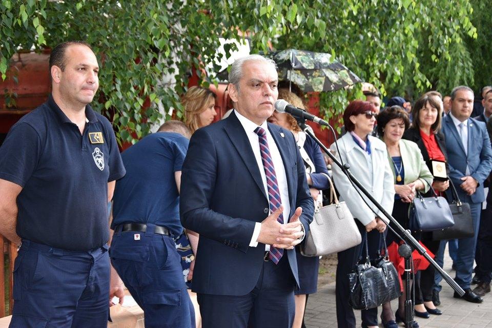Ќе се обидеме да ја подобриме и опремата и подготвеноста за да одговорите на предизвиците, им кажа градоначалникот Јаневски на струмичките пожарникари