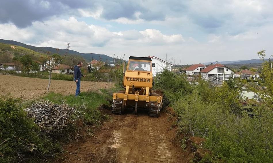 Конче го реализира проектот ,,Пат до секоја нива'' – се санираат полските патишта до сите површини