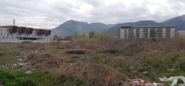 Кај СРЦ Пандев општина Струмица планира спортски комплекс со базен, две игралишта и памптрак